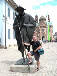Jakobspilger vor dem Dom zu Speyer